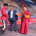 Диплом и денежный приз получает Ринчинов Бэлигто (УУГКО «Верхнеудинская станица») за первое место в вольной джигитовке