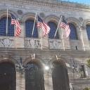 Бостонская публичная библиотека<br />Одна из крупнейших общедоступных библиотек в США. Здание библиотеки - один из лучших в Америке примеров неоренессансной архитектуры.